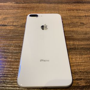 iPhone 8 Plus Unlocked 64GB for Sale in Damascus, OR