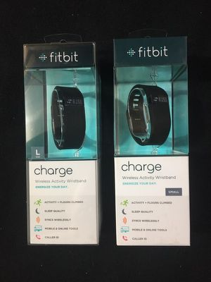 New fitbits- small for Sale in Salem, SD