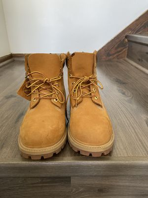 women's timberland boot for Sale in Brown Deer, WI