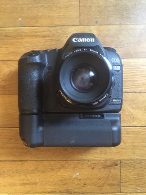 Used, Canon 5D mark ii camera w/ battery grip for Sale for sale  Bronx, NY