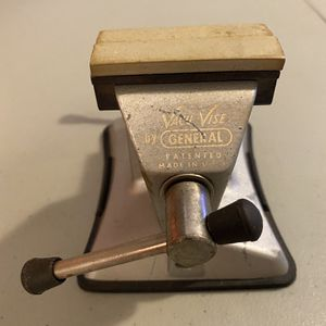 "Vintage ""Vacu Vise"" By General Made In U.S.A . 2.5"" Jaw Opening. 1.25"" throat depth, 2.5"" max opening. Includes jaw covers as shown. Owners marks engr for Sale in Bradenton, FL"