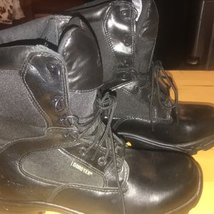 Rocky Gore Tex Sz 8 Boots for Sale in Parker, CO