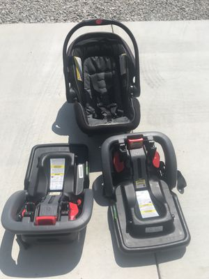 Graco click connect 35 car seat with 2 bases for Sale in Chesapeake, VA