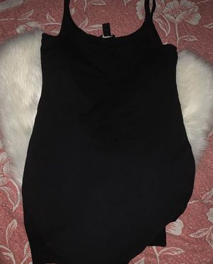 Short black dress for Sale in Los Angeles, CA