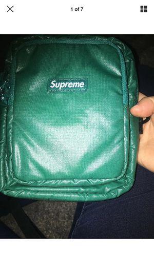 Supreme waist/shoulder bag for Sale in Kennesaw, GA