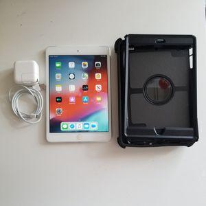 Apple iPad Mini 2, 2nd Gen (16GB) Wi-Fi + Cellular Unlocked, 7.9in iOS 12, Retina Tablet + Otterbox + Glass protector for Sale in Brooklyn, NY