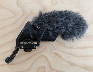 Shure VP83F Lenshopper Camera-Mount Shotgun Microphone with Flash Recorder for Sale in The Bronx, NY
