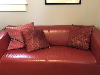 Cute Red Couch for Sale in Portland,  OR