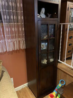 Four piece living room set for Sale in Woodbridge Township, NJ