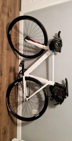 Aventon track bike 52cm for Sale in Klamath Falls, OR