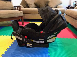 Car seat 💺 for Sale in Tampa, FL