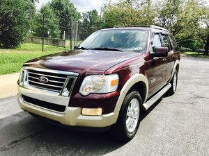 2006 Ford Explorer Eddie Bauer 4WD Advance trac : Drives Excellent for Sale in Hyattsville, MD