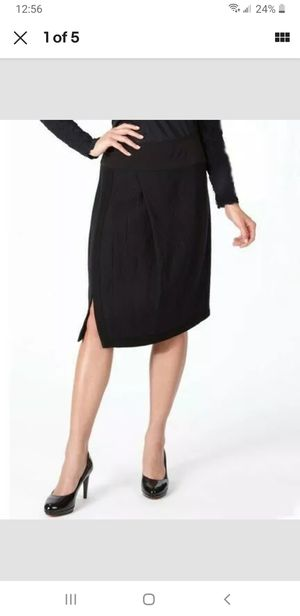 Babette Skirt Size Small Navy Blue for Sale in Los Angeles, CA
