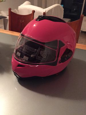 Helmet pink. New! for Sale in Miami, FL