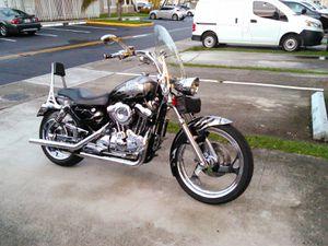 HD CUSTOM. for Sale in Miami, FL