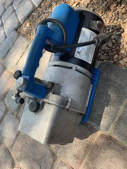 6 cfm. Vacuum pump works great hvac. Freon refrigerant. R-22 for Sale in Las Vegas,  NV