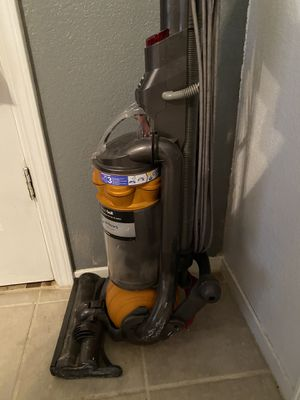 Dyson vacuum for Sale in Fresno, CA