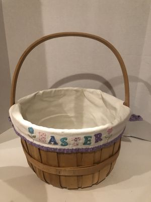 Extra Large Easter Basket W/ Liner for Sale in North Las Vegas, NV