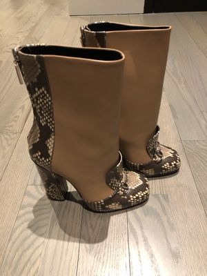 New GUCCI boots with python lining for Sale in New York, NY