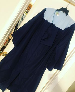 GRADUATION CAP AND GOWN for Sale in Silver Spring, MD