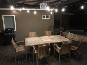 Outdoor Table and Chairs for Sale in Los Angeles, CA