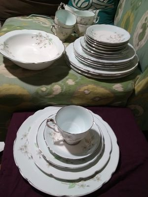 "32 pc antique Royal Stafford ""Apple Blossom"" china for Sale in San Angelo, TX"