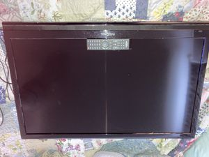 Insignia 40 inch flat screen TV with a roku device.and the remote control for Sale in Zephyrhills, FL
