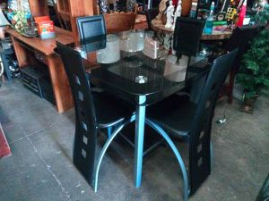 Counter Height Dining Glass Table and 4 Chairs for Sale in Tampa, FL