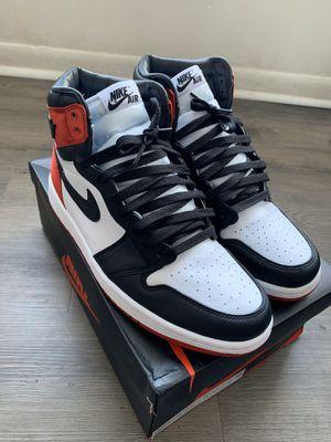 Air Jordan 1 Satin Black Toe Men's Size 10.5 Women size 12 for Sale in Riverdale, GA