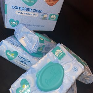 BRAND NEW 5 Pack Wipes For SALE !!! for Sale in Philadelphia, PA
