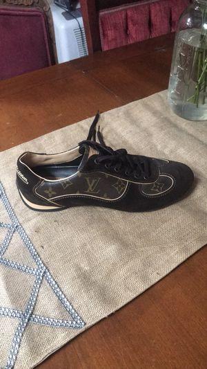 Louis Vuitton women's sneakers size 9 for Sale in Orlando, FL