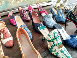 """Entire (41) Mini Shoe Collection by RAINE """"Just the Right Shoe"""" for Sale in Palm Beach Shores, FL"""