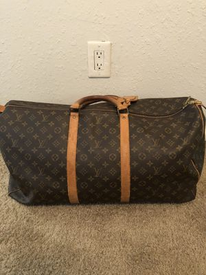 Louis V Duffle Bag for Sale in Tallahassee, FL