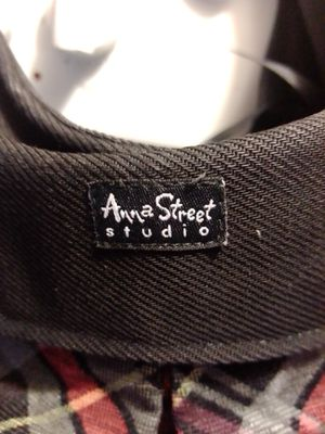 Anna Street Studio shoulder bag in great condition barely used must pick up downtown Frederick for Sale in Frederick, MD