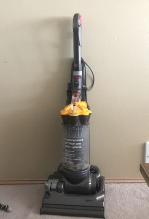 Dyson DC33 vacuum cleaner for Sale in Seattle, WA