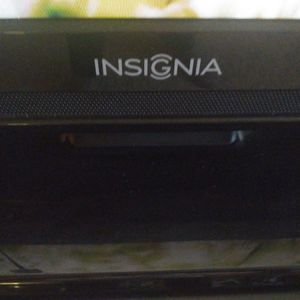 Insignia 40 Inch TV And Remote for Sale in Weymouth, MA