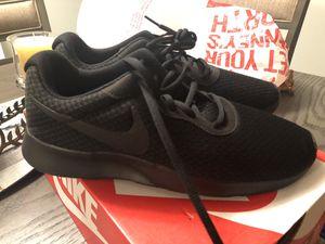 Nike Men's Shoes 7.5 for Sale in Riverside, CA