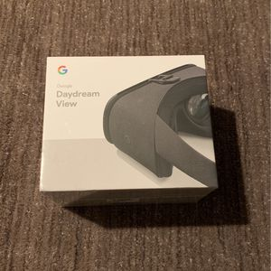 Google Daydream View VR headset for Sale in Issaquah, WA