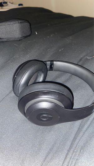 Beats wireless headphones for Sale in Escondido, CA