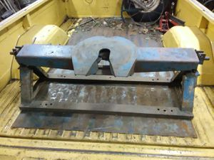 Vintage 1970's 5th Wheel Receiver Hitch for RV Camper Trailer Truck Bed for Sale in Lake City, PA