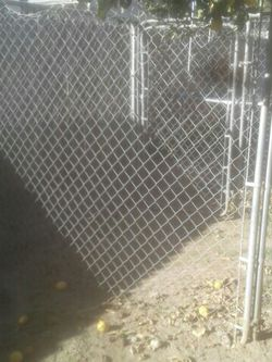 Dog Kennel 70×70 for Sale in Kingsburg,  CA