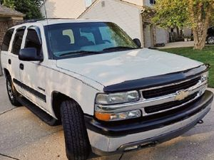 Original paint SUV CHEVY TAHOE 03 for Sale in Norfolk, VA