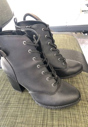 Black boots size 10 for Sale in Port Richey, FL