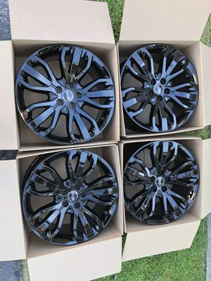 "21"" Range Rover Original Factory Rims OEM wheels black for Sale in Huntington Beach, CA"