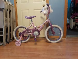 Girl's princes pink bike for Sale in Chicago, IL