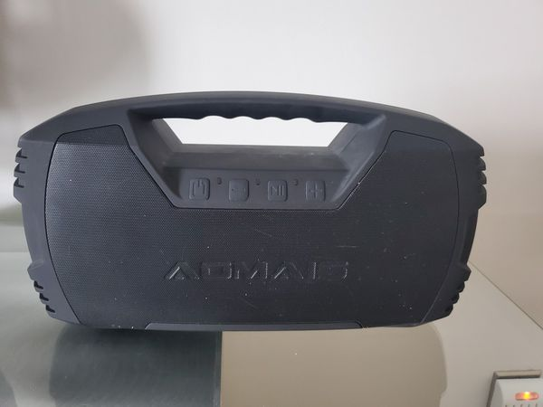 AIOMAS GO 30W bluetooth beach speaker