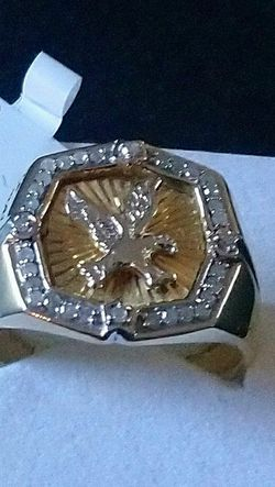 Extremely nice 10K gold ring with diamonds. for Sale in Peabody, MA