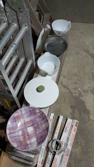 Kitchen dishes/pans for Sale in Milton, WA