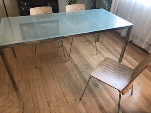 Dining table for Sale in Hickory Hills, IL