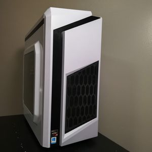 Custom Gaming PC for Sale in Columbia, MO